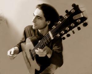 Юрий Наумов, гитара